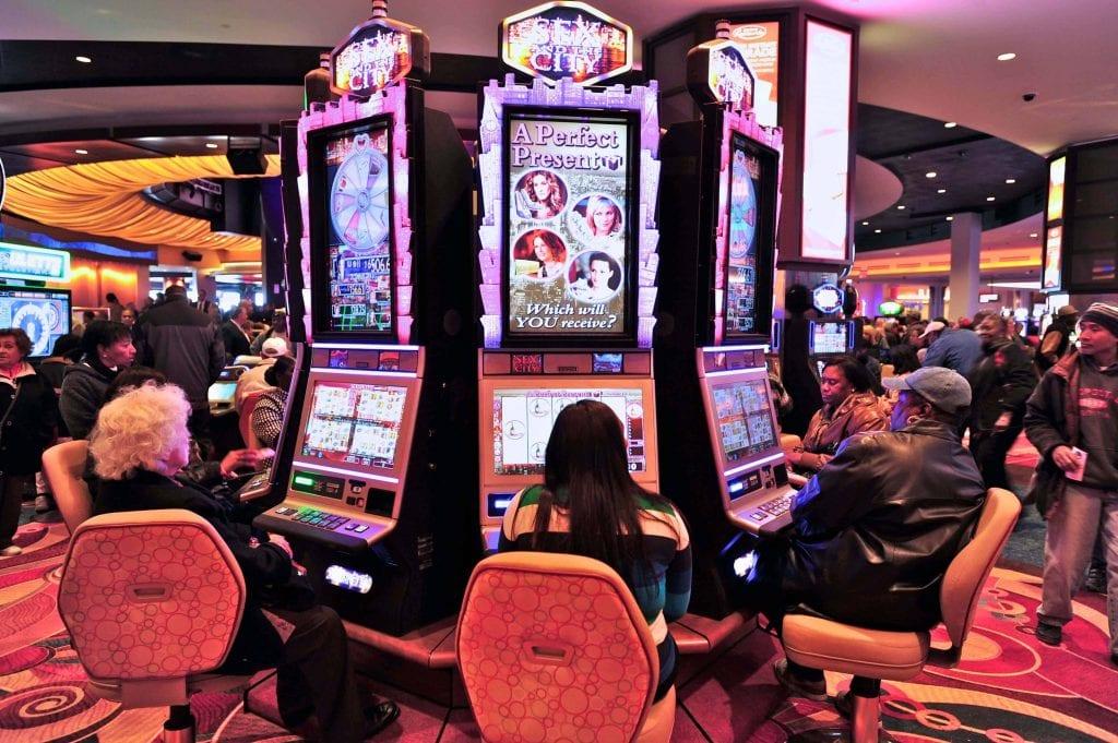 multiplayer slot machines